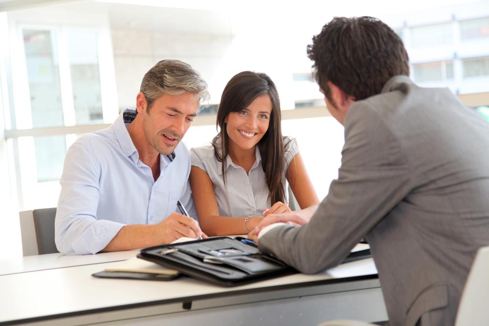 Výhodná půjčka se dá najít i na moderních online portálech