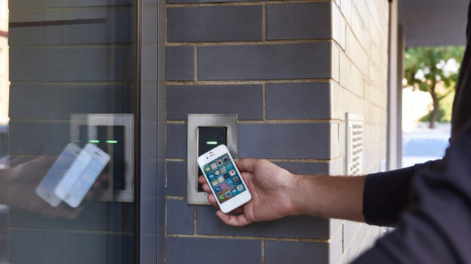Výhody čipového přístupového systému do domu oproti klíčům