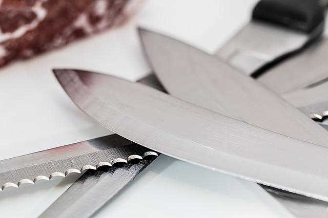 Nerezová ocel v domácnosti a jak ji čistit