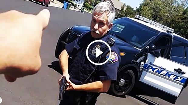 Můžete si natáčet policistu, když vás pokutuje?