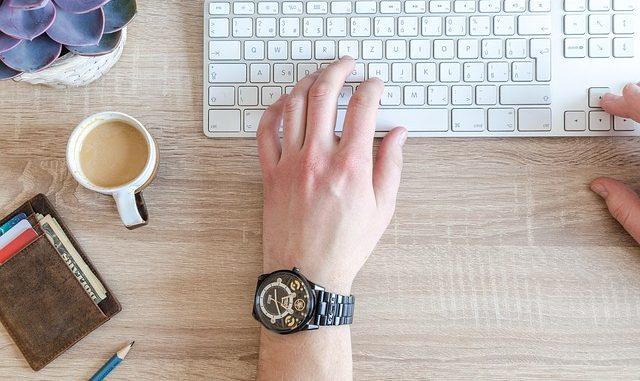 Sjednejte si půjčku online, rychle a bezpečně z pohodlí domova